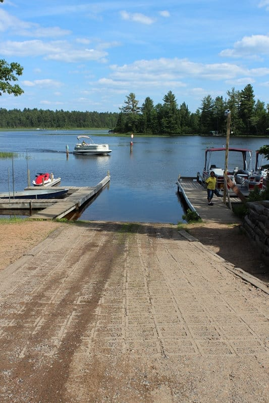 Chain O' Lakes Campground -- the boat launch and landinghe